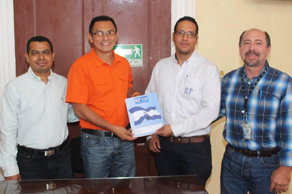 Alcaldía Firma Donación de Terrenos a Favor de Centros Escolares